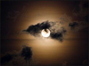 Pleine lune et nauges