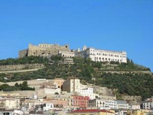 Quise subir al Castelo Sant'Elmo, pero no se dio.