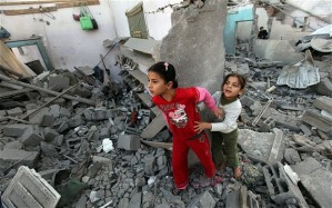 israel-gaza-shoes_2402255b1