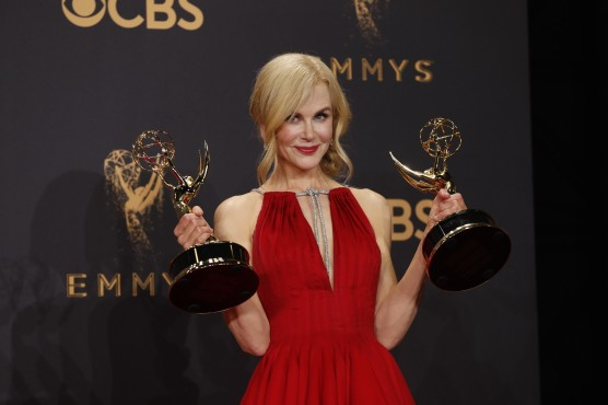 la-et-emmys-2017-69th-emmy-awards-live-emmy-winning-big-little-lies-on-those-1505708882